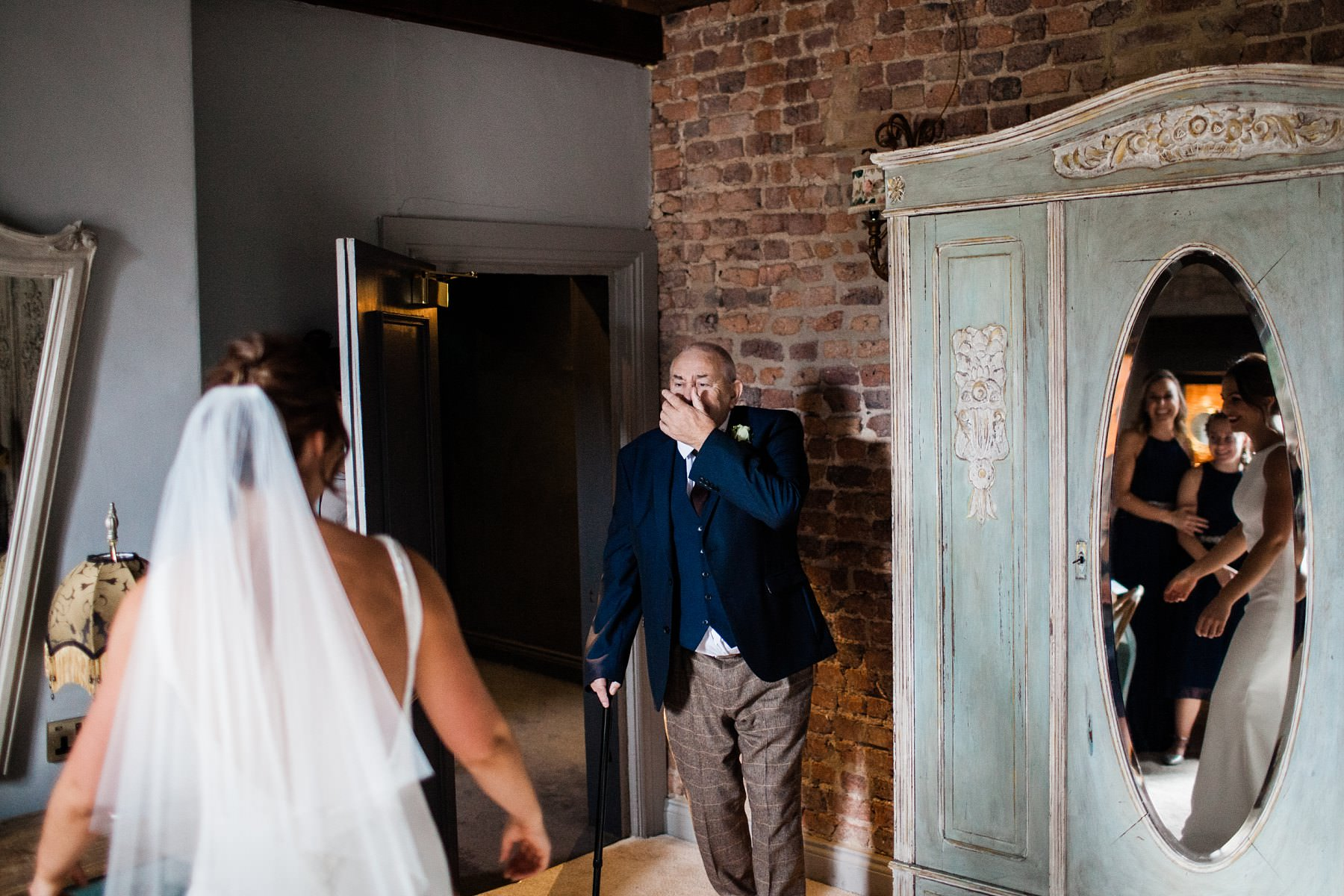 dad reveal bridal preparations Bridal preparations Le petite Chateau wedding - North East Wedding Photographer