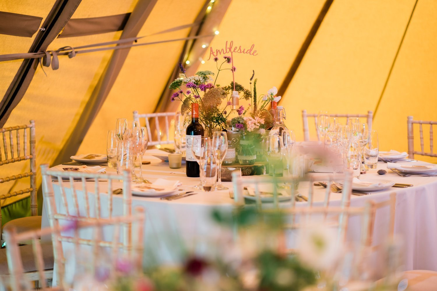 Tepee wedding decorations - london wedding photographers