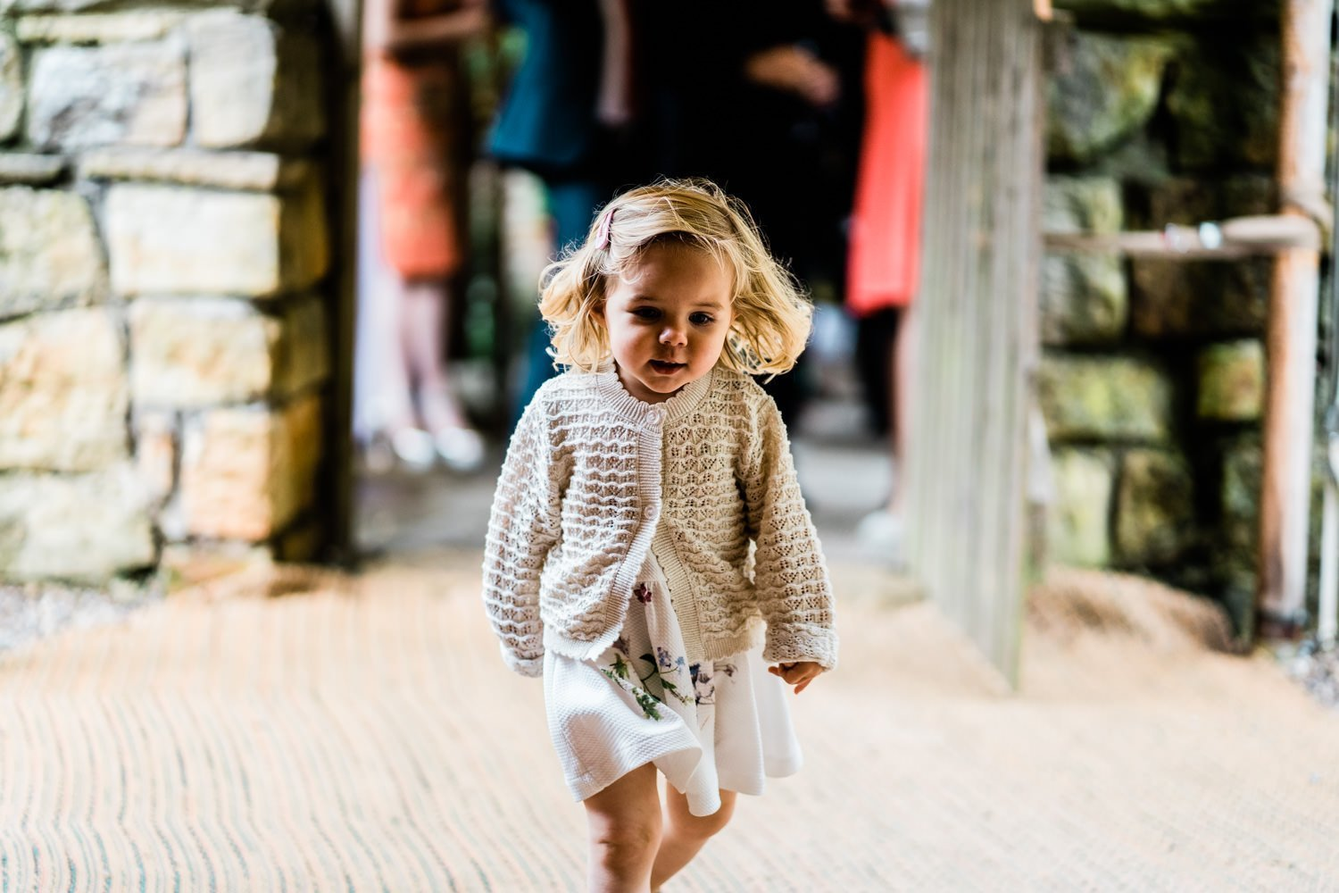 kids at wedding in the rain - london wedding photographers